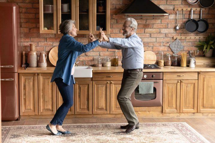 【お金持ちの家のキッチン】真似したら金運と夫婦仲がUPした話【簡単4つの実践例】